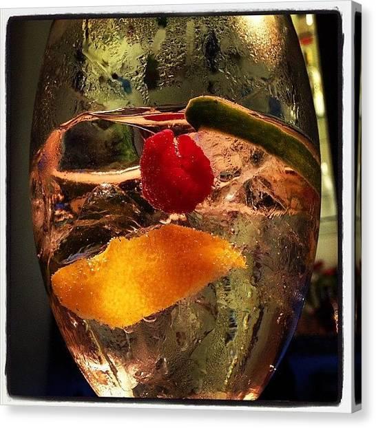 Gin Canvas Print - #lisbonita #ginbar #gin #hendricks by Pedro Miranda