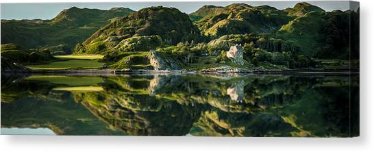Loch Crinan Scotland And Duntrune Castle Canvas Print