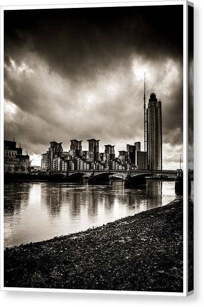 London Drama Canvas Print
