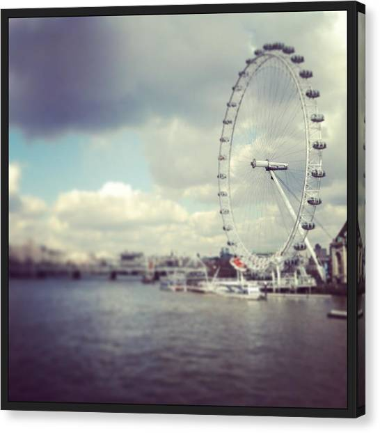 Parliament Canvas Print - London Eye by David  Simmons
