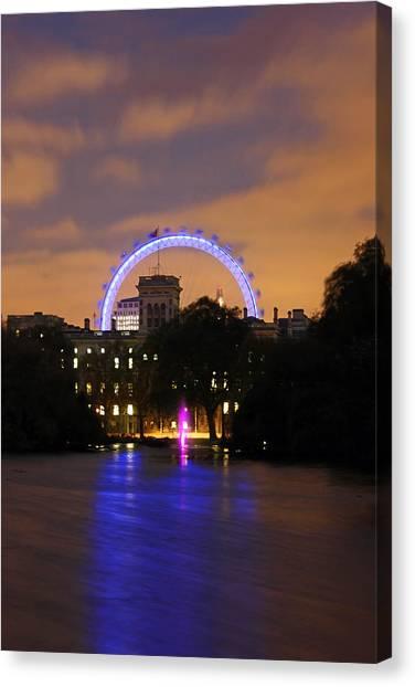 London Eye From St James Canvas Print by Dan Davidson