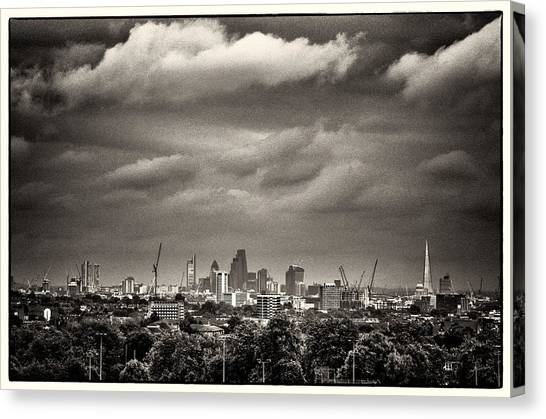 London Skyline From Hampstead Heath Canvas Print