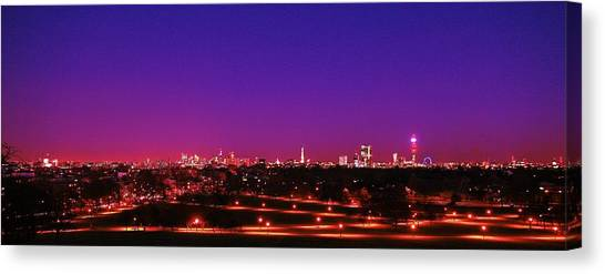London View 1 Canvas Print