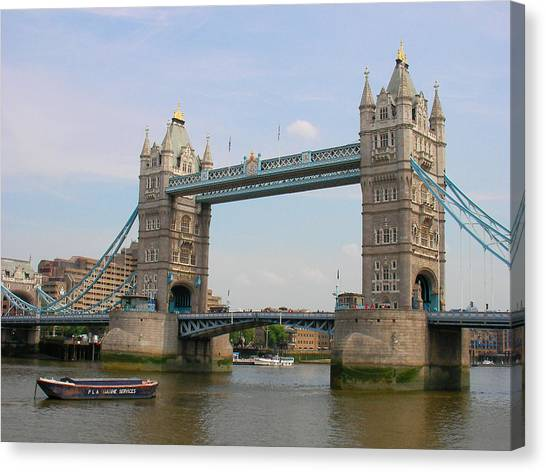 London's Tower Bridge Canvas Print