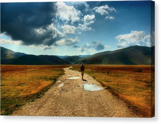 Free Canvas Print - Losing Myself by Gabriele Gaspardis