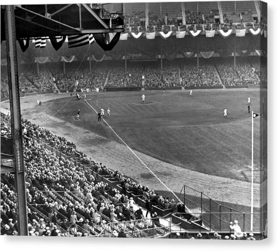 Yankee Stadium Canvas Print - Lou Gehrig Playing First by Underwood Archives