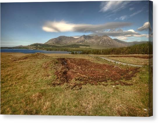Lough Inagh Valley View Canvas Print by John Quinn