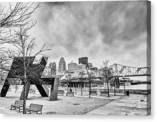 University Of Kentucky Canvas Print - Louisville Kentucky Skyline Bnw by David Haskett II