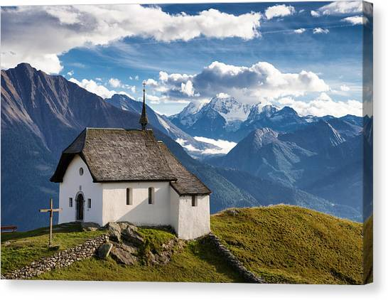 Lovely Little Chapel In The Swiss Alps Canvas Print