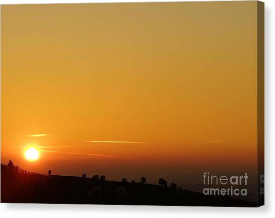 Lovers N Sunsets Canvas Print