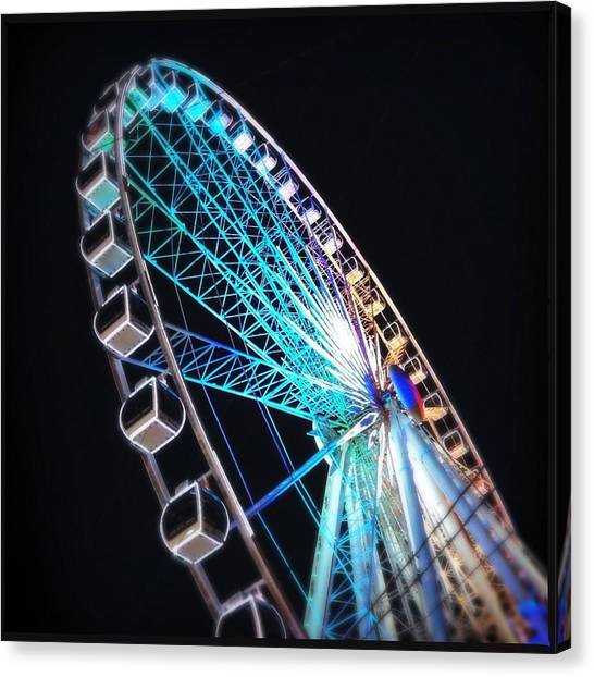 Low Angle View Of Illuminated Ferris Canvas Print by Kenneth Shelton / Eyeem