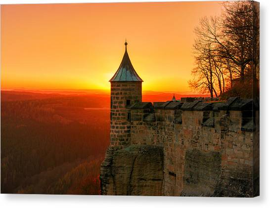 Low Sun On The Fortress Koenigstein Canvas Print