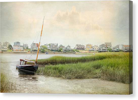 Low Tide On The Basin Canvas Print
