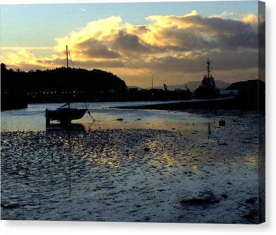 Low Tide On The Harbour Canvas Print