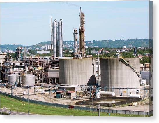 Lubricants Plant Canvas Print by Andrew Wheeler/science Photo Library