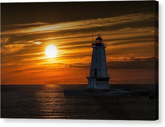 Ludington Pier Lighthead At Sunset Canvas Print
