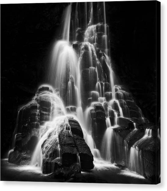 Luminous Waters I Canvas Print