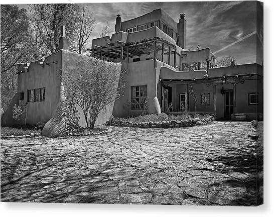Dennis Hopper Canvas Print - Mabel's Place In B And W by Charles Muhle