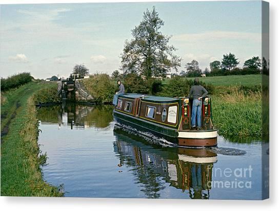 Macclesfield Canal 1975 Canvas Print by David Davies