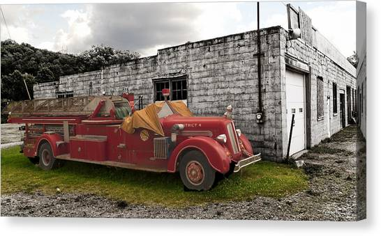 Mack Firetruck Canvas Print