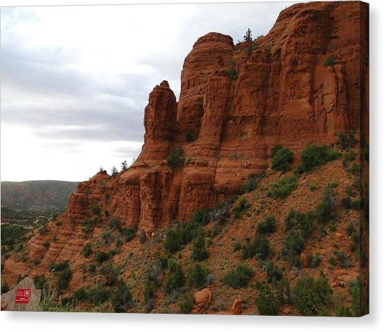 Majestic Rock Art In God's Country  Canvas Print
