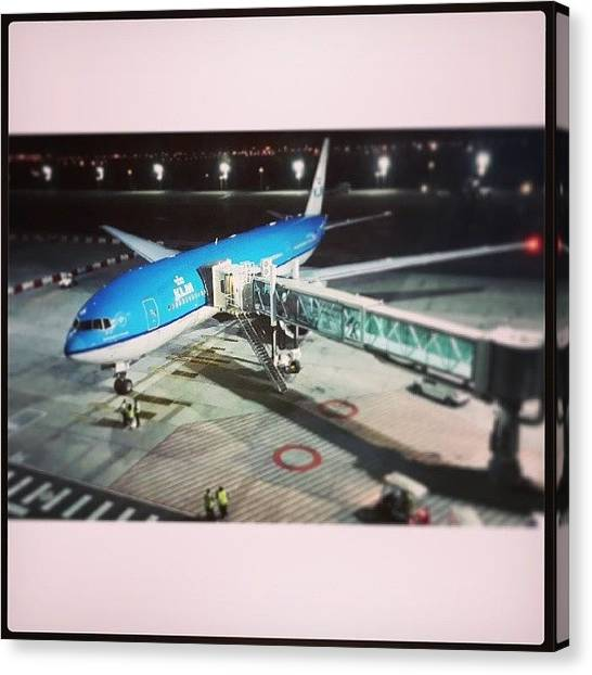 South Africa Canvas Print - Klm Boeing 777 by Armin Spammer