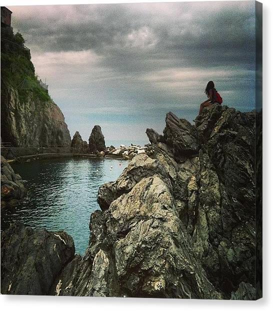 Ocean Cliffs Canvas Print - Manarola by Jennifer Gaida