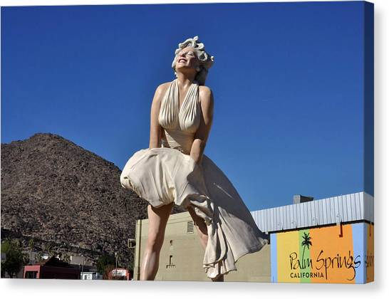 Marilyn Monroe Statue In Palm Springs California Canvas Print
