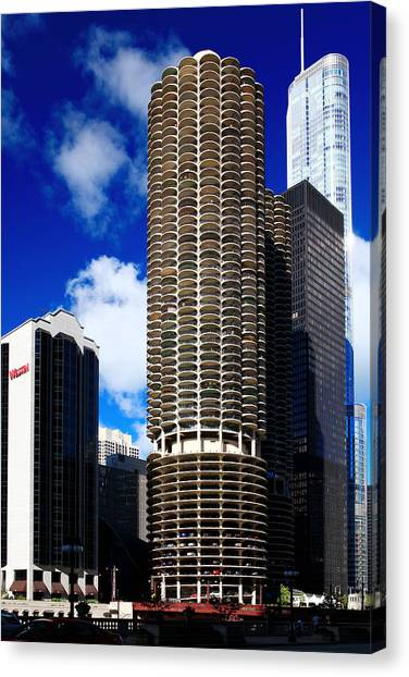 Marina City Corncob Tower Canvas Print