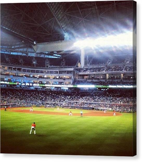 Miami Marlins Canvas Print - Marlins X Dodgers 2012 by Wilson Araujo