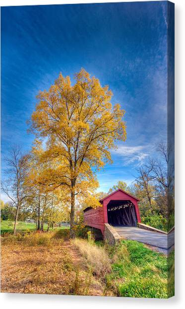 Maryland Covvered Bridge In Autumn Canvas Print