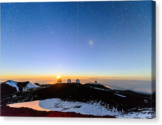 Mauna Kea Moonset 1 Canvas Print