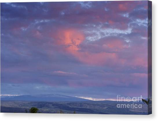 Mauna Loa Canvas Print by Karl Voss