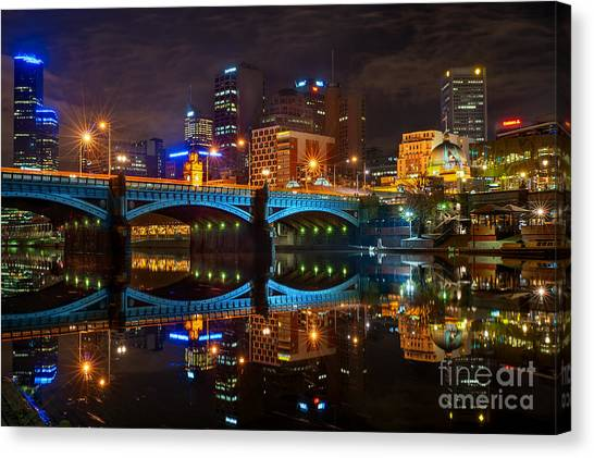 Canvas Print featuring the photograph Reflective City by Ray Warren