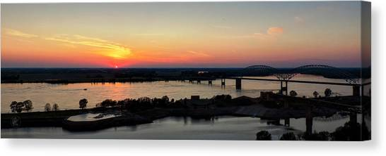 Memphis Sunset On The Mississippi 002 Canvas Print by Lance Vaughn