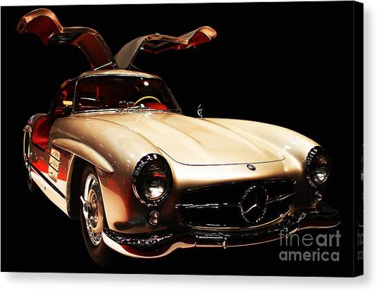 Canvas Print featuring the photograph Mercedes 300sl Gullwing . Front Angle Black Bg by Wingsdomain Art and Photography
