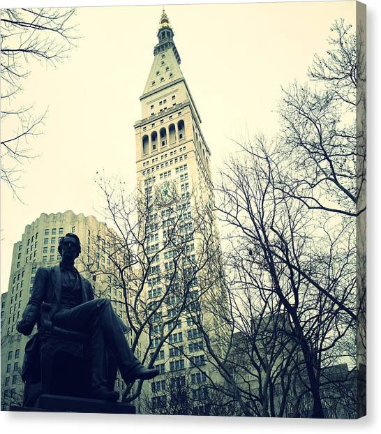 Met Life And Madison Square Park Canvas Print