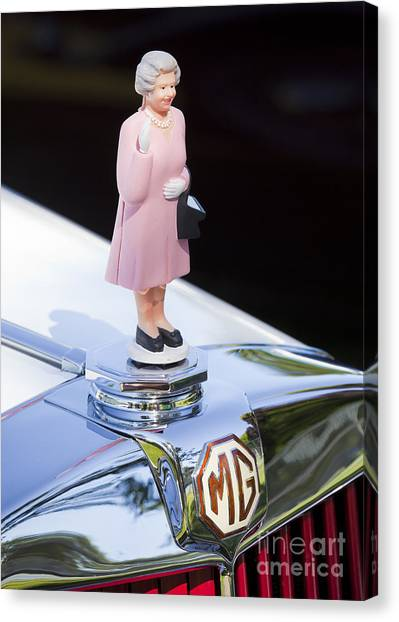 Mg Waving Queen Canvas Print