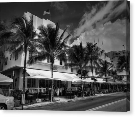 Miami - Deco District 011 Canvas Print