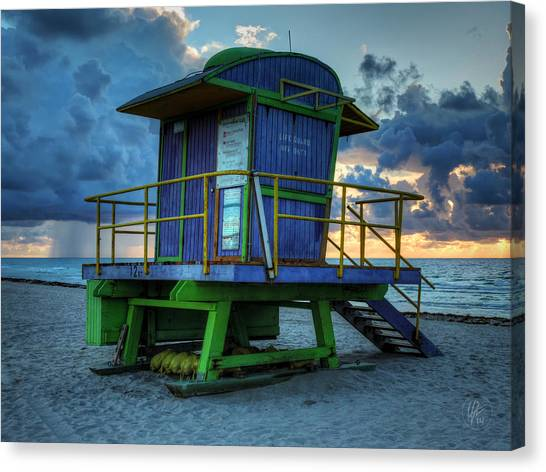 Miami - South Beach Lifeguard Stand 003 Canvas Print