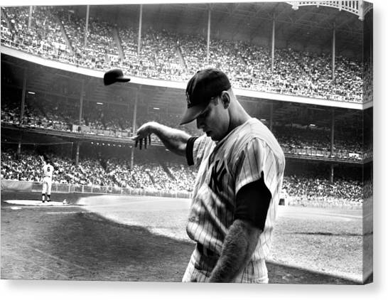 Baseball Canvas Print - Mickey Mantle by Gianfranco Weiss