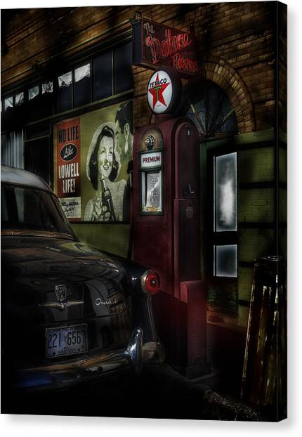 Midnight Fill Up Canvas Print