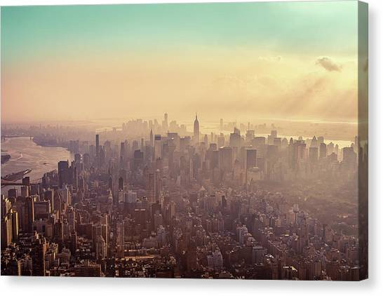 Midtown Manhattan At Dusk Canvas Print
