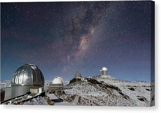 La Galaxy Canvas Print - Milky Way Over La Silla Observatory by Eso/jose Francisco Salgado (josefrancisco.org)