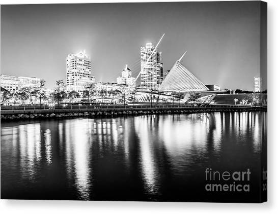 Northwestern University Canvas Print - Milwaukee Skyline At Night Picture In Black And White by Paul Velgos