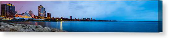 Milwaukee Skyline - Version 1 Canvas Print