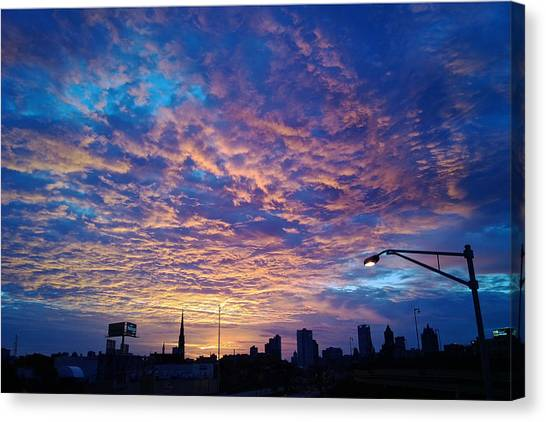 Milwaukee Sunrise Canvas Print
