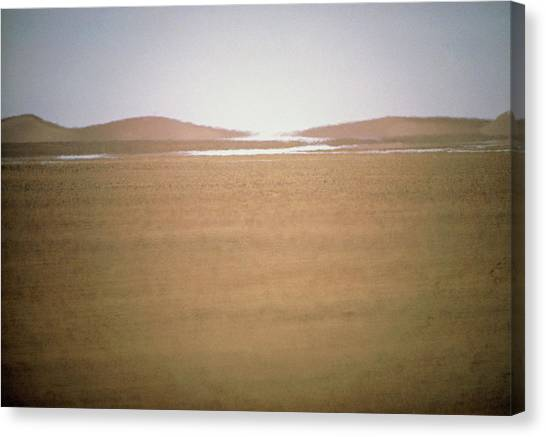 Mirages Canvas Print - Mirage In The Tanzerouft Desert by Sinclair Stammers/science Photo Library