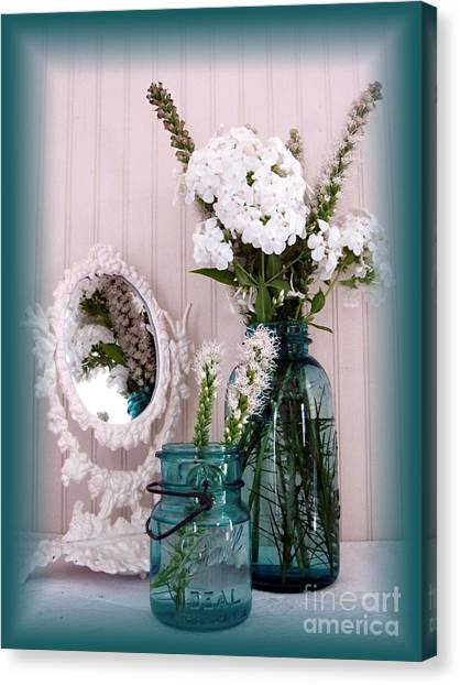 Mirrored Bouquet 1 Canvas Print