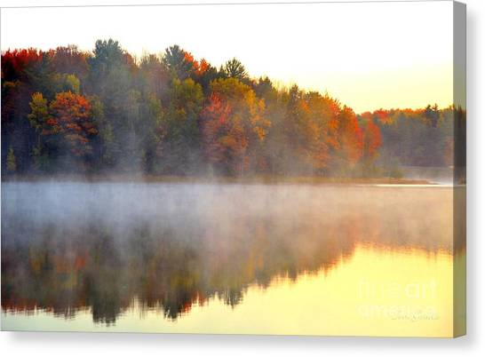 Misty Morning At Stoneledge Lake Canvas Print